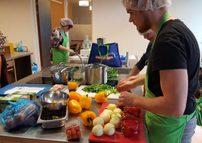 Gezellig druk in de keuken bij 't Hert