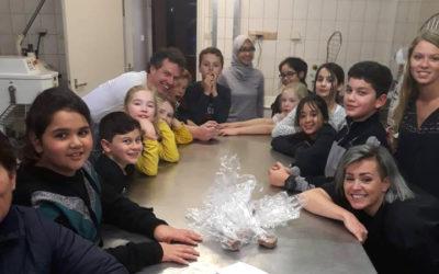 VTTB Junior bakt pepernoten bij Streekbakker Jorrit