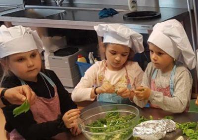 VTTB Junior maakt pannekoeken