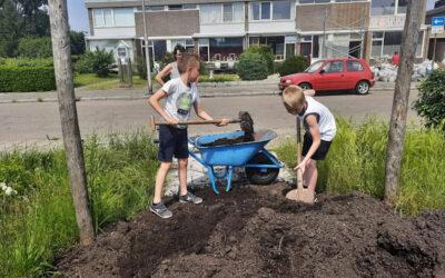 Kindermoestuin in wijktuin de Groene Schakel!